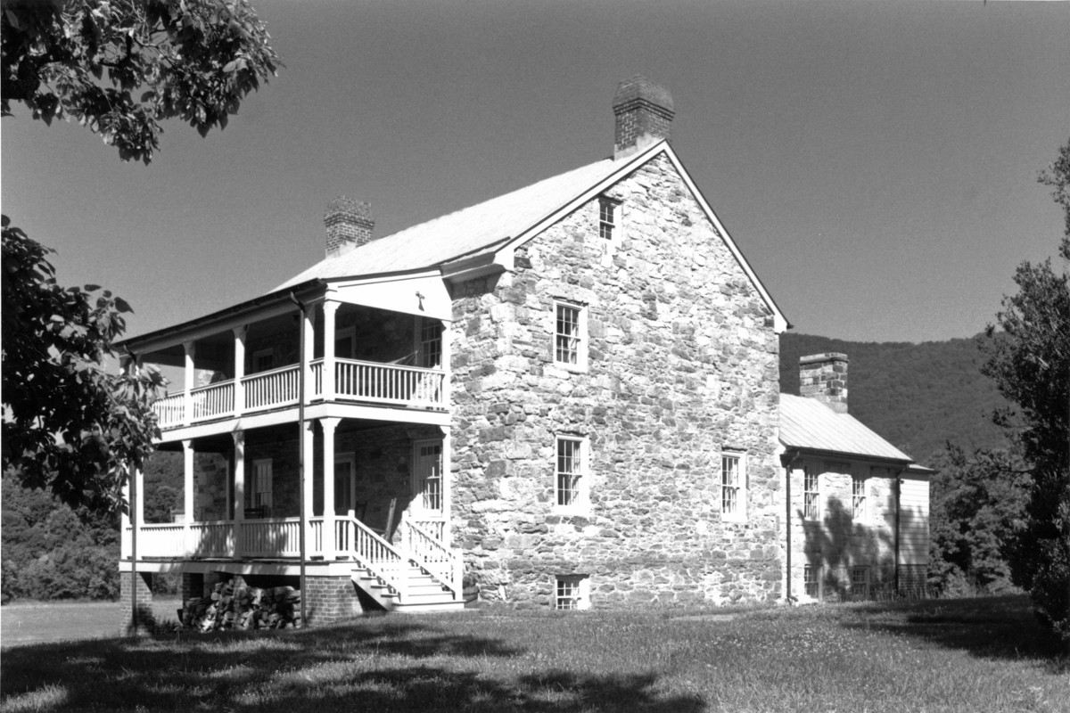 Old Stone House (Robert Sitlington House)
