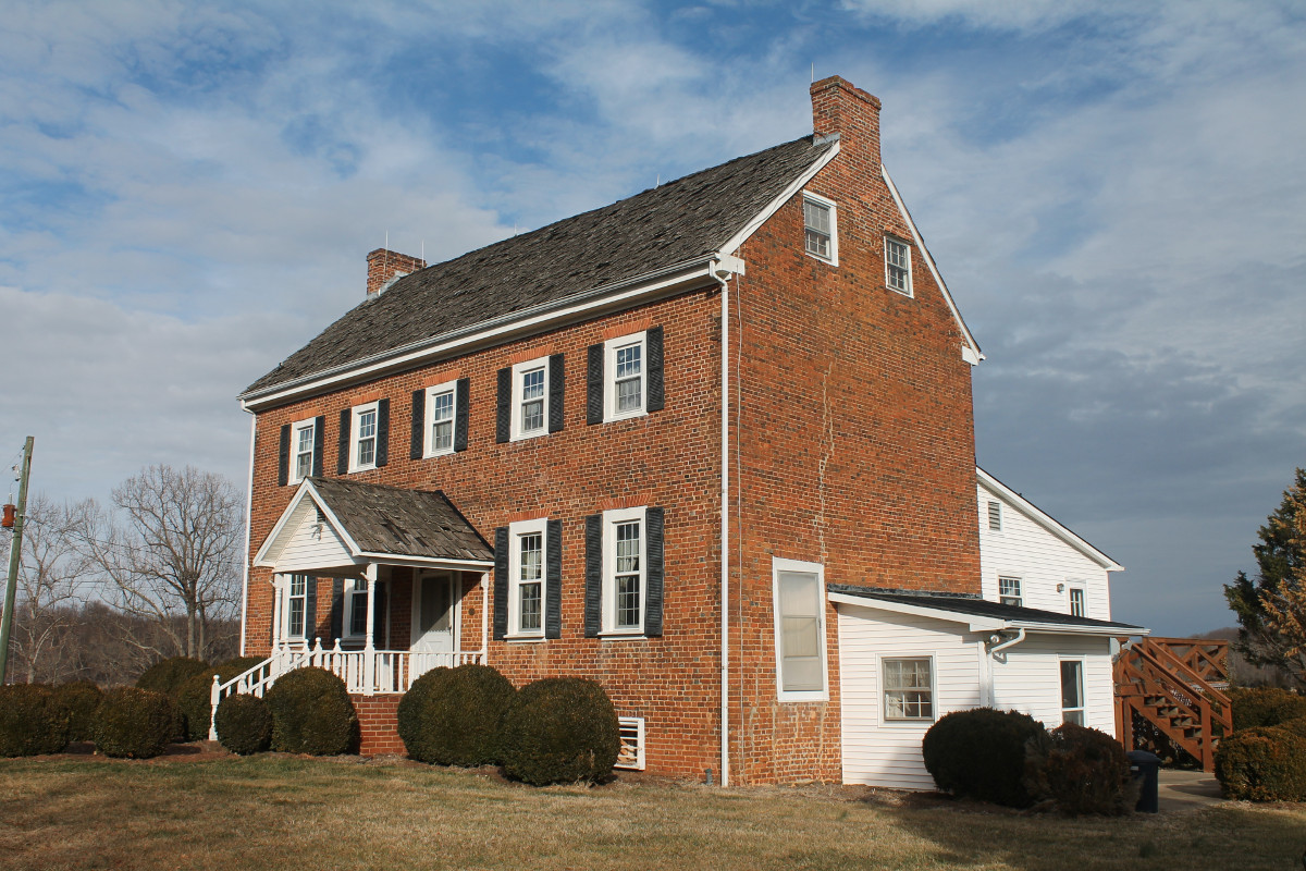 Burwell-Holland House