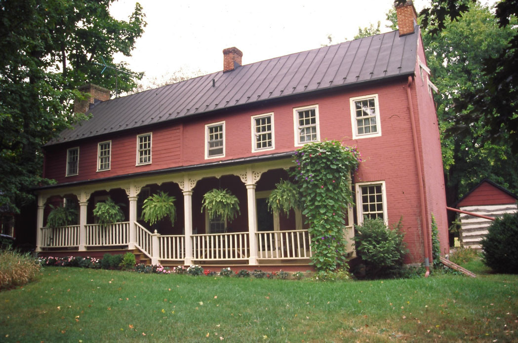 Crumley-Lynn-Lodge House