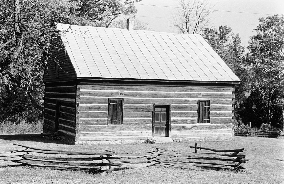 Mauck's Meeting House (Mill Creek Meeting House)