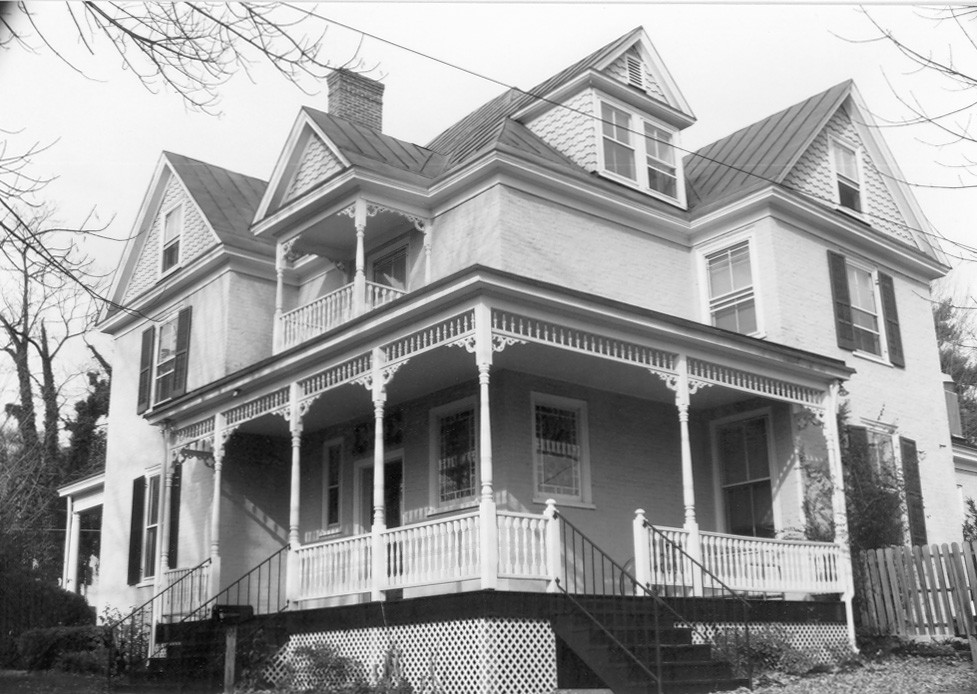 Turner-LaRowe House