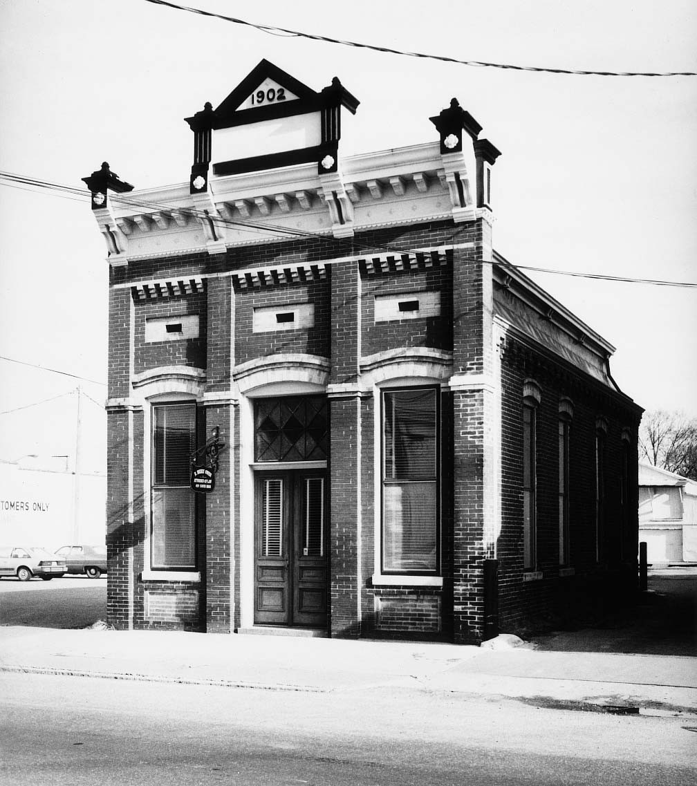 Old Merchants and Farmers Bank Building
