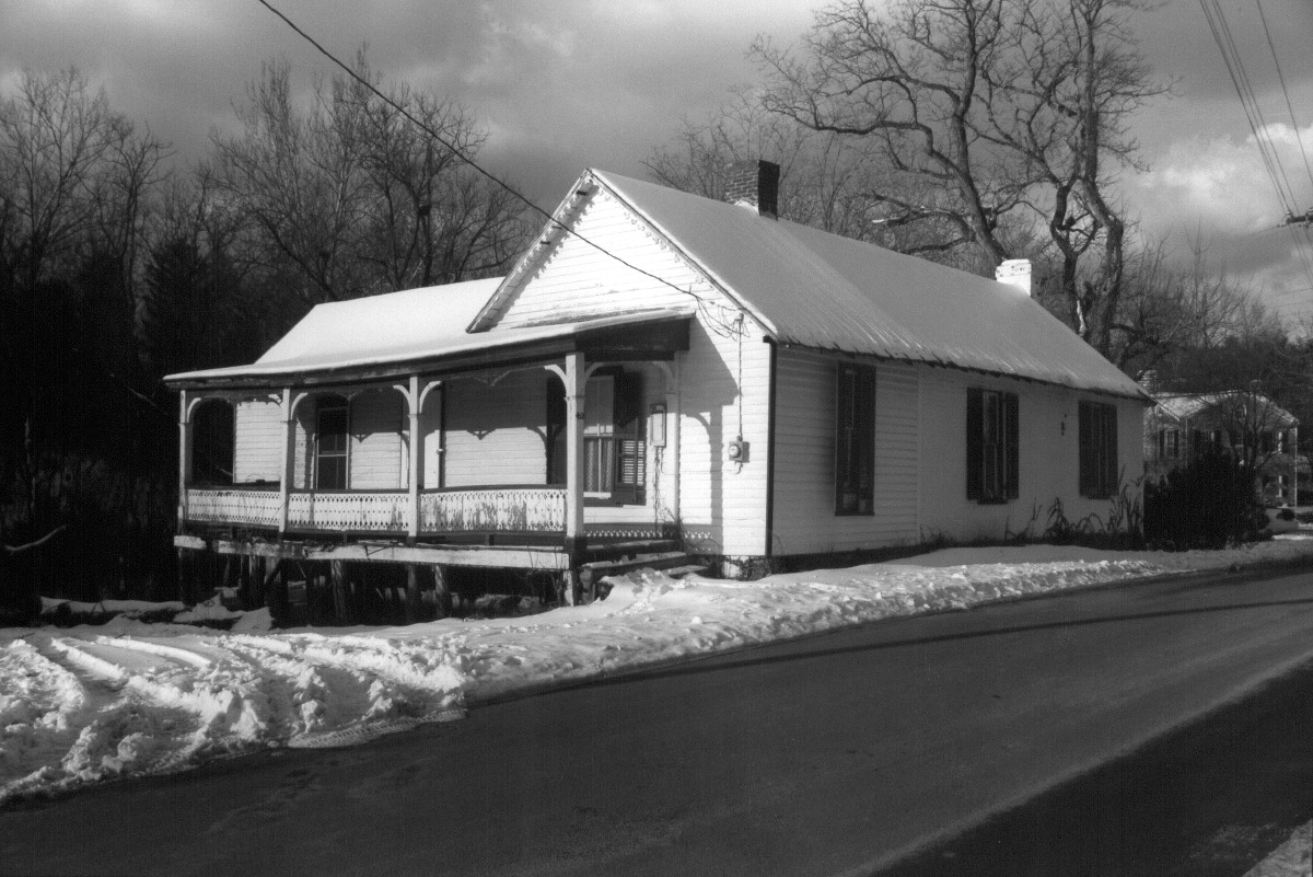 Lexington & Covington Turnpike Toll House
