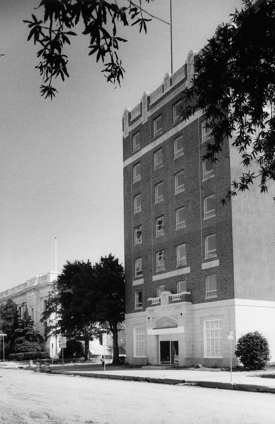 Hotel Warwick