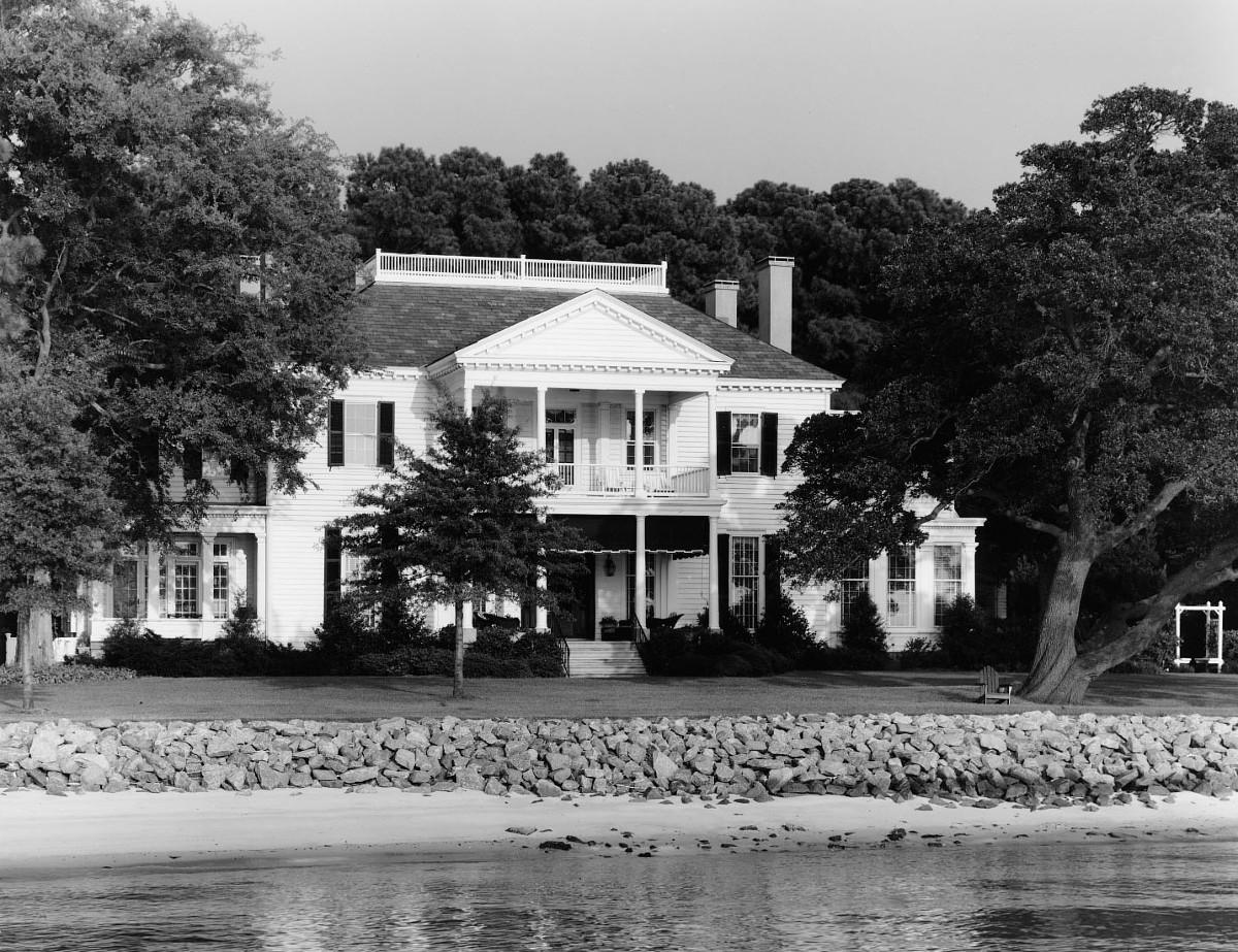 Boush-Tazewell House