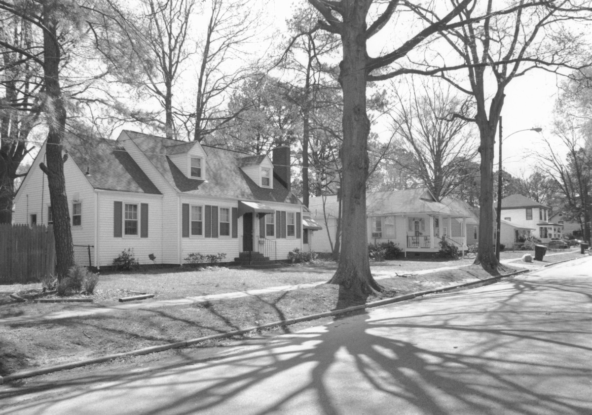 The Ballentine Place Historic District