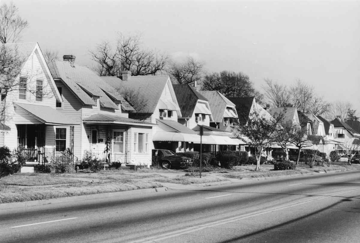 Truxtun Historic District
