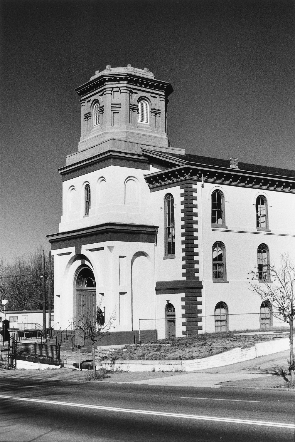 Old Trinity Methodist Church (New Light Baptist Church)