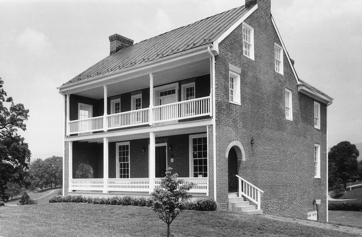Williams-Brown House-Store