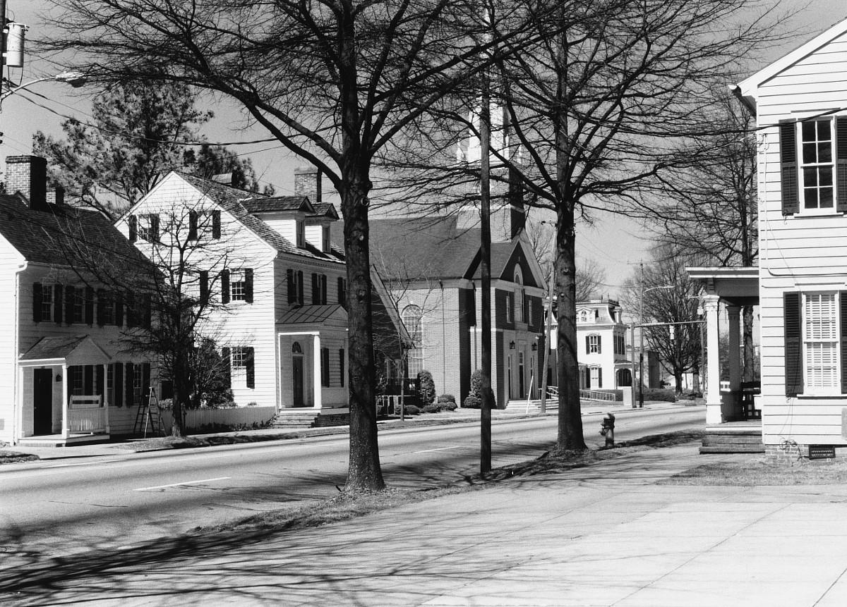 Suffolk Historic District
