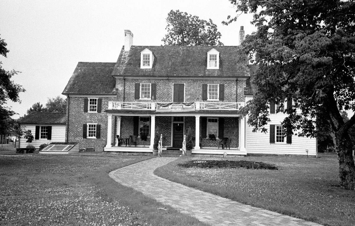 Ferry Plantation House
