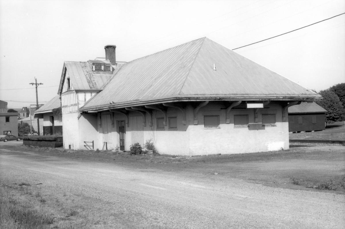 Luray Norfolk & Western Passenger Station