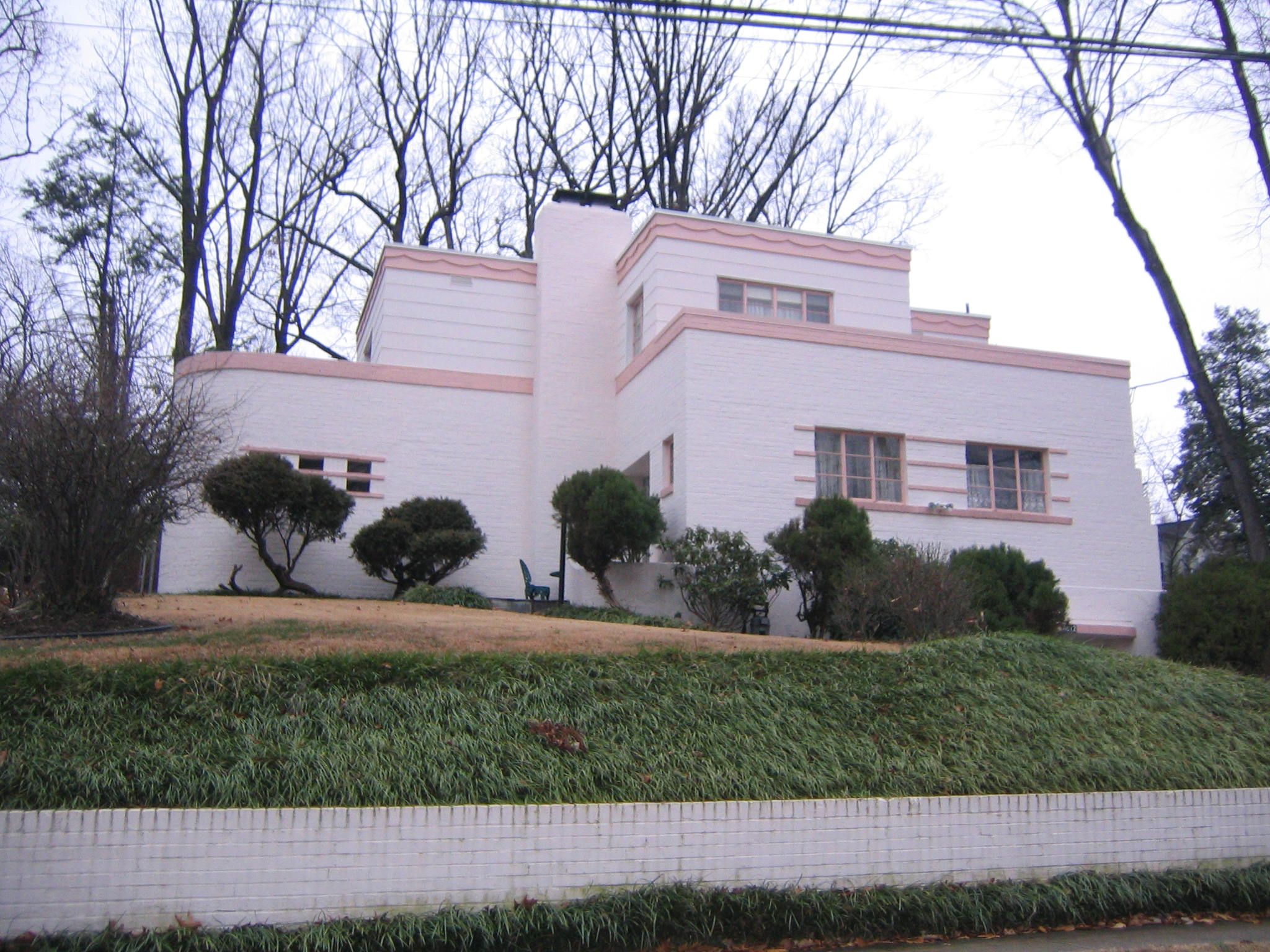 Streamline Moderne Houses in Arlington County MPD