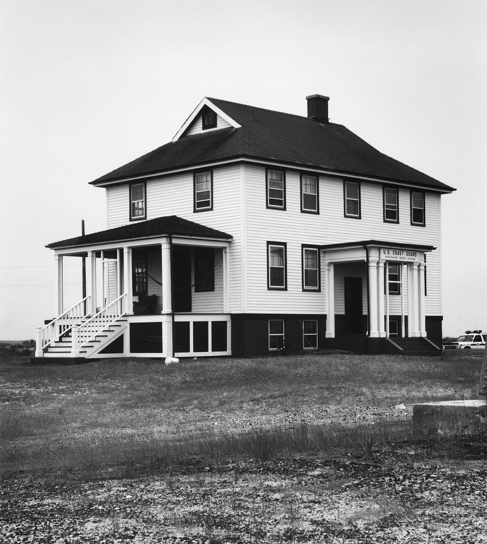 U.S. Government Lifesaving Stations, Houses of Refuge, and pre-1950 U.S. Coast Guard Lifeboat Stations MPD