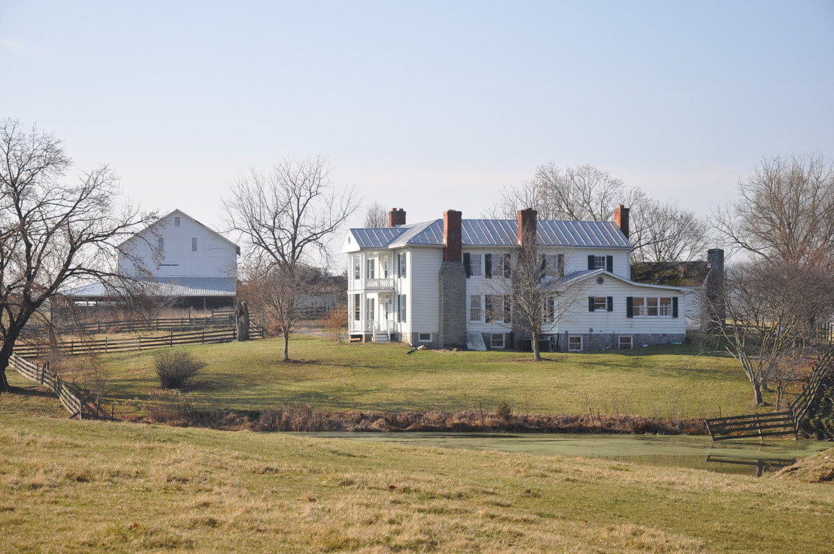 Melrose Caverns and Harrison Farmstead