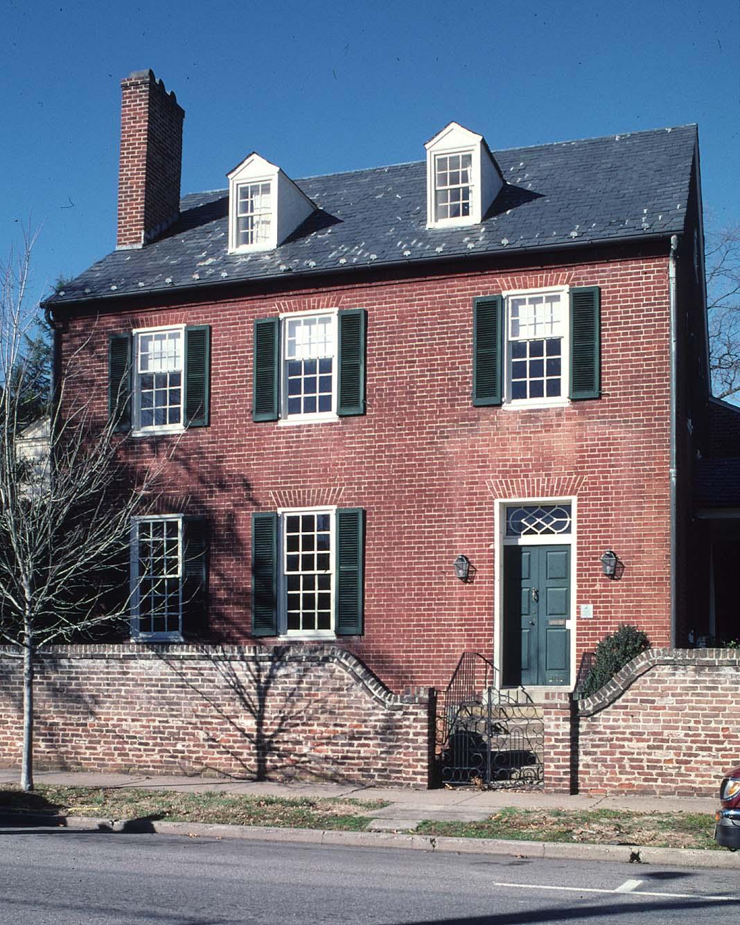 Doggett House