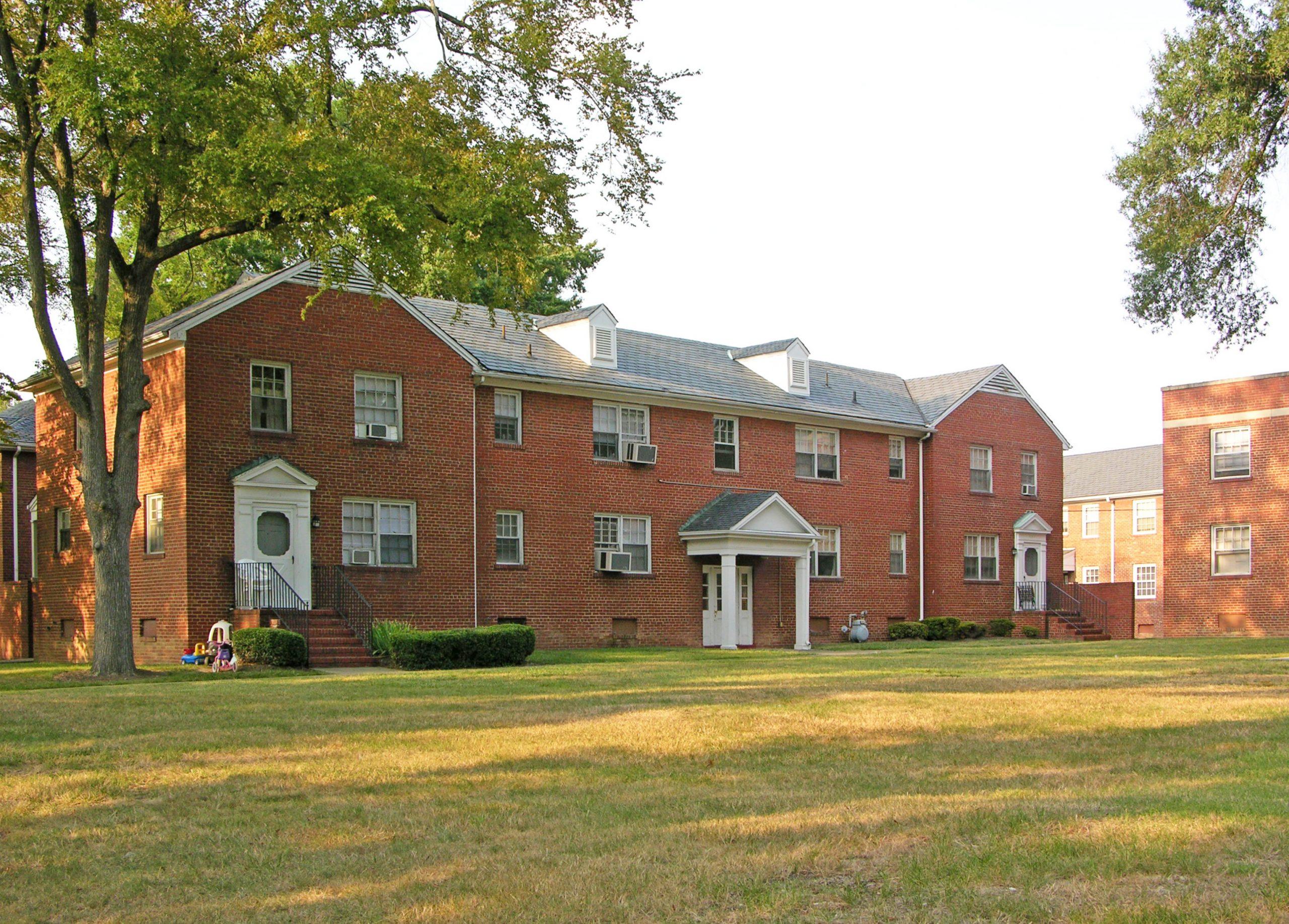 Federal Housing Administration-Insured Garden Apartments, Richmond 1942-1950 MPD