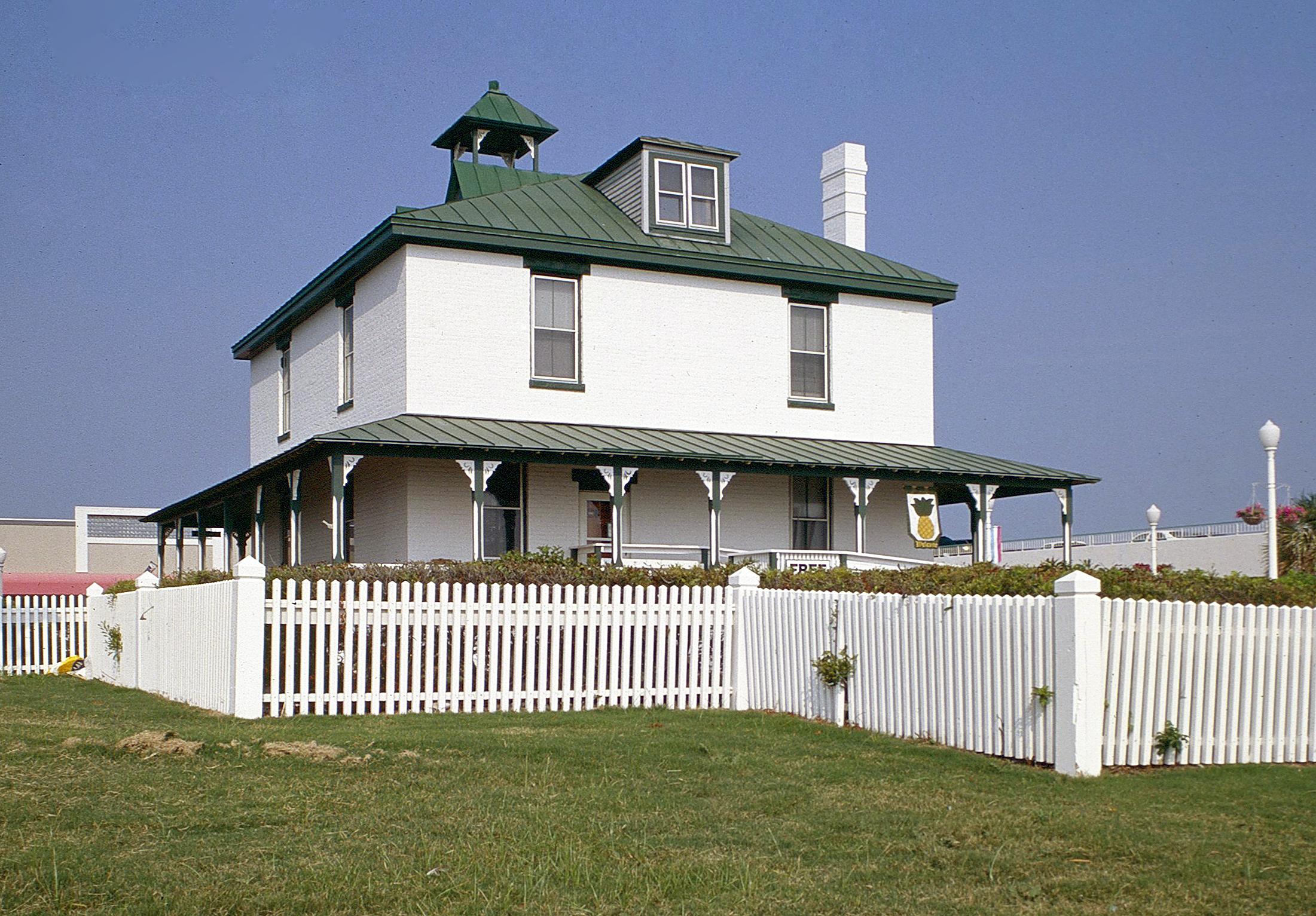 de Witt Cottage