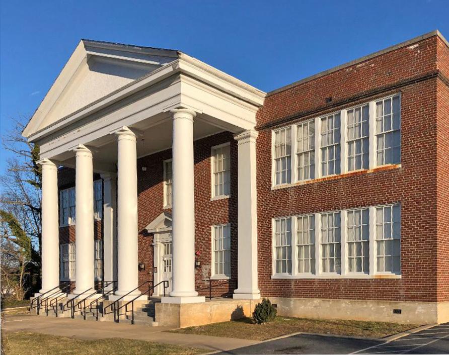 Toms Brook School