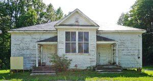 024-5082_Pine_Grove_School_2019_exterior_front_facade