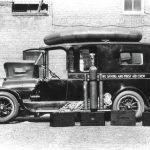 Photo of an 1920s ambulance.