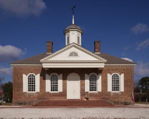 colonial williamsburg courthosue